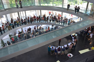 The crowd watching the EMBL choir singing at Lab Day